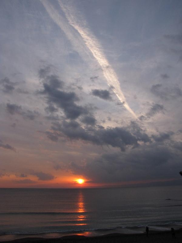 夕陽と雲が美しい