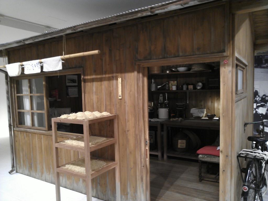 チキンラーメン開発当時に使われた小屋のレプリカ