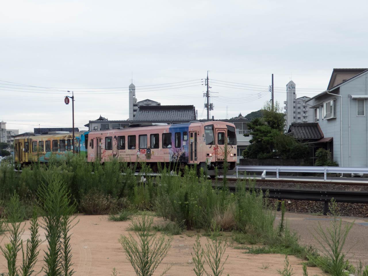 山陰本線を走る電車