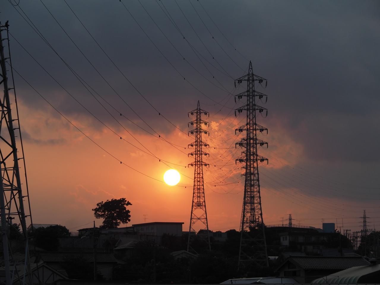 鉄塔ポイントで夕陽を待つ
