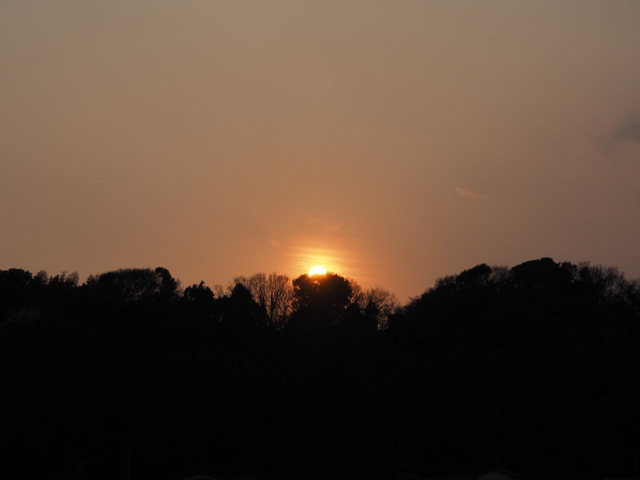 日が沈んでいった