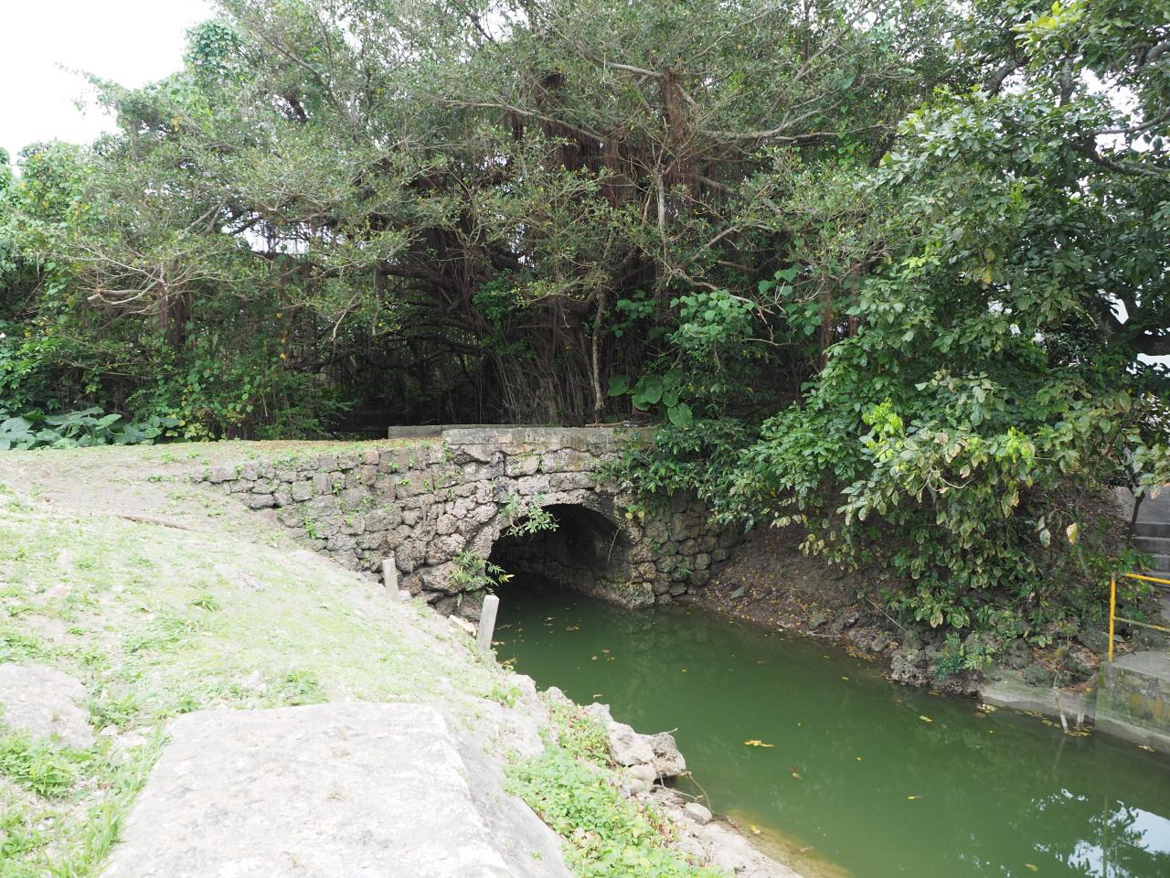 小さな石橋